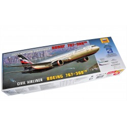 Boeing 767-300 Civil Airliner (1/144)