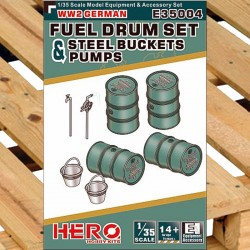1/35 WW2 German Fuel Drum Set