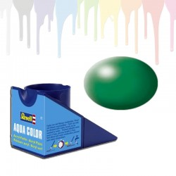 Revell leaf green RAL 6001, silk Aqua Color (18ml)