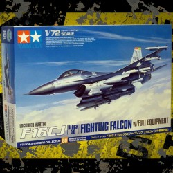 1/72 Lockheed Martin F-16 CJ Fighting Falcon - Block 50 w/Full Equipment
